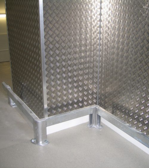 Checker Plate med BoxRail